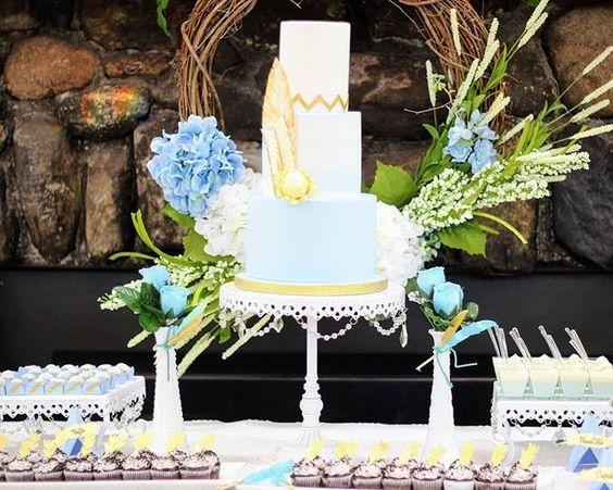 something blue wedding cakes opulent treasures cake stands26.jpg