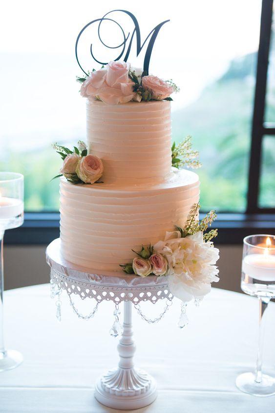 Opulent Treasures Pretty Wedding Cakes 12.jpg