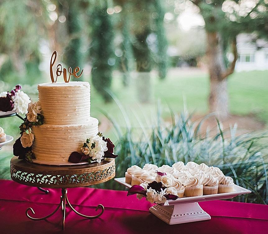 Opulent treasures Cake Stand San+Marcos+Wedding+Photographer_0071.jpg