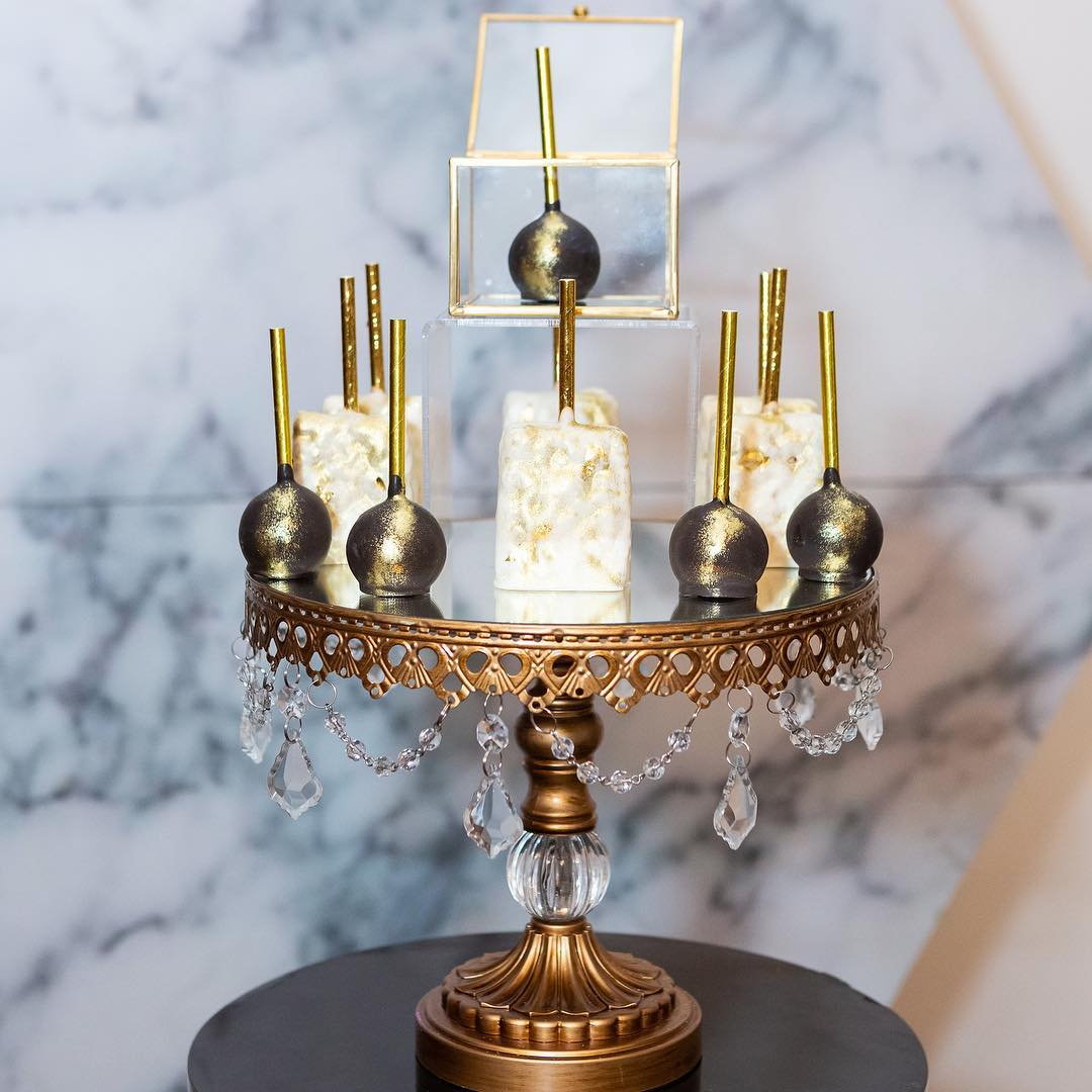 Opulent Treasures    Antique Gold Ball Base Cake Stand • Photo    @bufotos