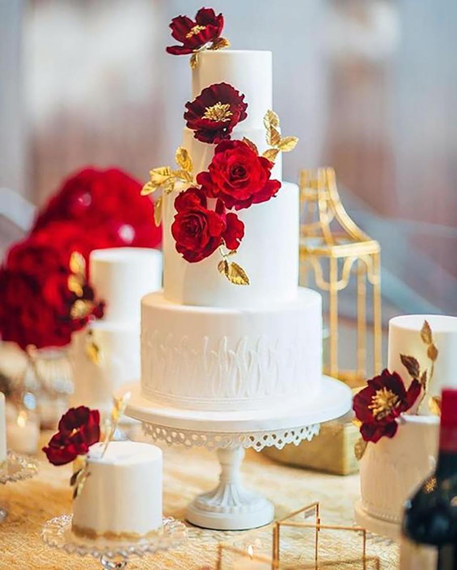 white wedding cake stand lamemoir photo cake by nadiaandco.jpg