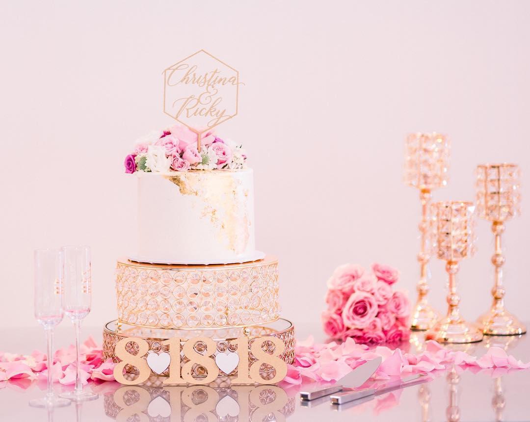 gold bling cake stand.jpg