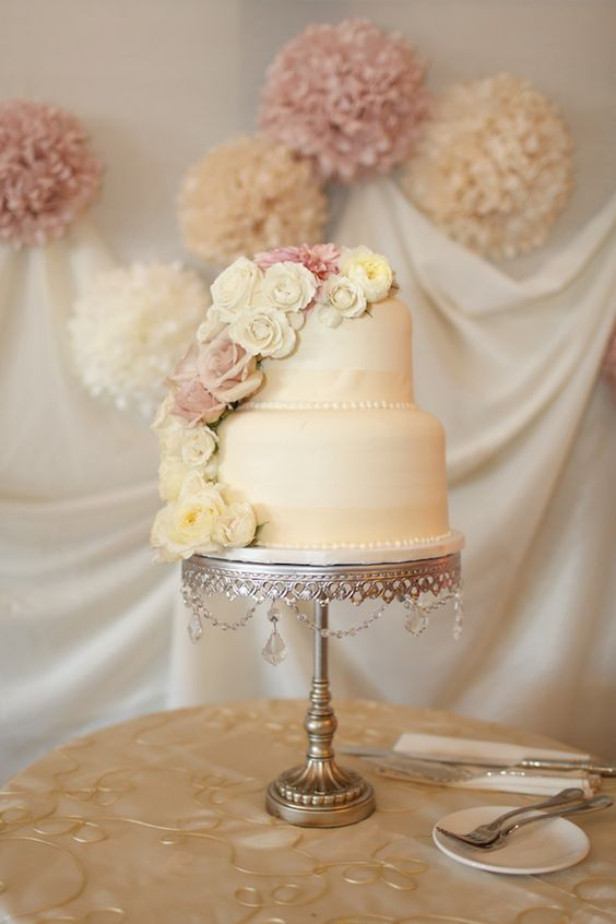 Opulent Treasures antique silver chandelier wedding cake stand.jpg