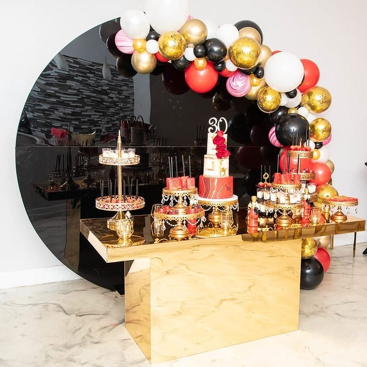 Table Setting  BlushBK Designs  Rentals:  @justdreamevents  Cake & Treats:  @ladycharlesdesserts  Balloons:  @balloonsbysb  Venue:  @suite415events  Table Setting  @blushbkny   Cake and Dessert Stands:  Opulent Treasures