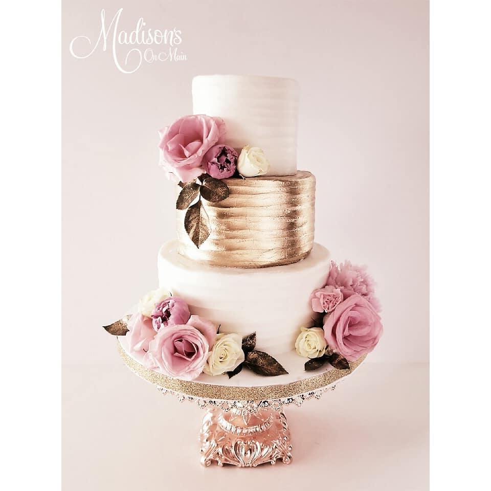 rose gold baroque cake stand by opulent treasures.jpg