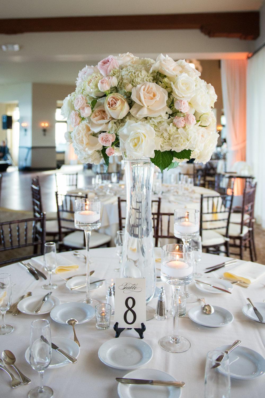 wedding table floral centerpiece.jpg