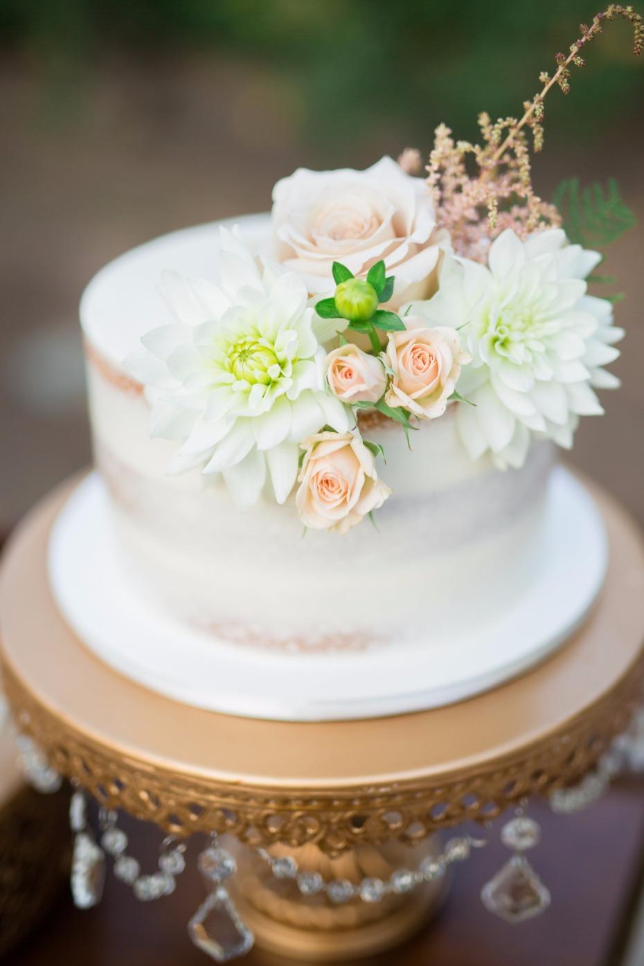 Opulent Treasures Chandelier Round Cake Stand