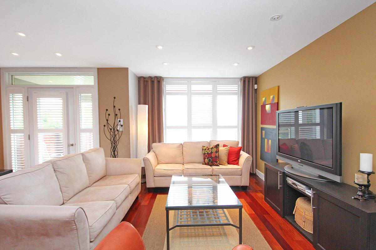 living room2_281_kirchoffer_34.jpg