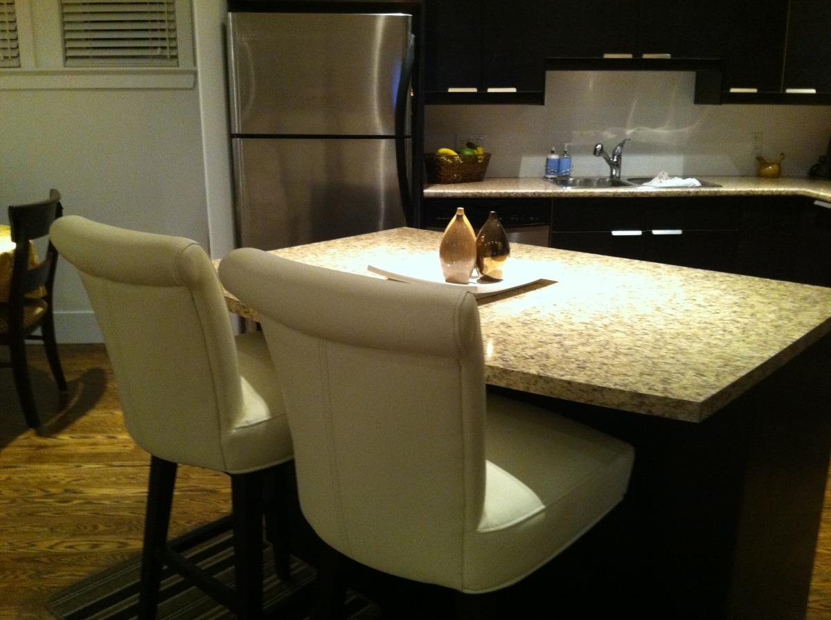 kitchen & eating place.jpg