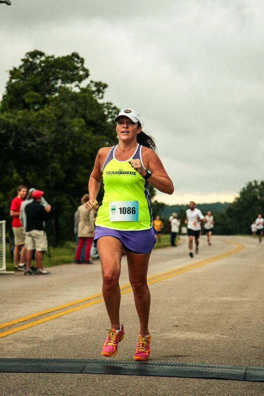 Jenn Howard-Brown    I coach:    Jenn and Tonics   (Anderson HS - Tues PM)   Background:  I started in my late 20's and have completed 19 marathons including all the World Majors in 2015!   Years Coaching & Philosophy:  8 yrs; Nurturing with a dash of drill sergeant.   Best advice for new Rogues:  You can accomplish goals you didn't think possible!   Most memorable run/race:  Tokyo Marathon   Interesting fact:  In 2015, I completed all World Marathon Majors - Boston, Tokyo, Berlin, London, New York, and Chicago; making me the 13th female, 42nd American, and 211th finisher.