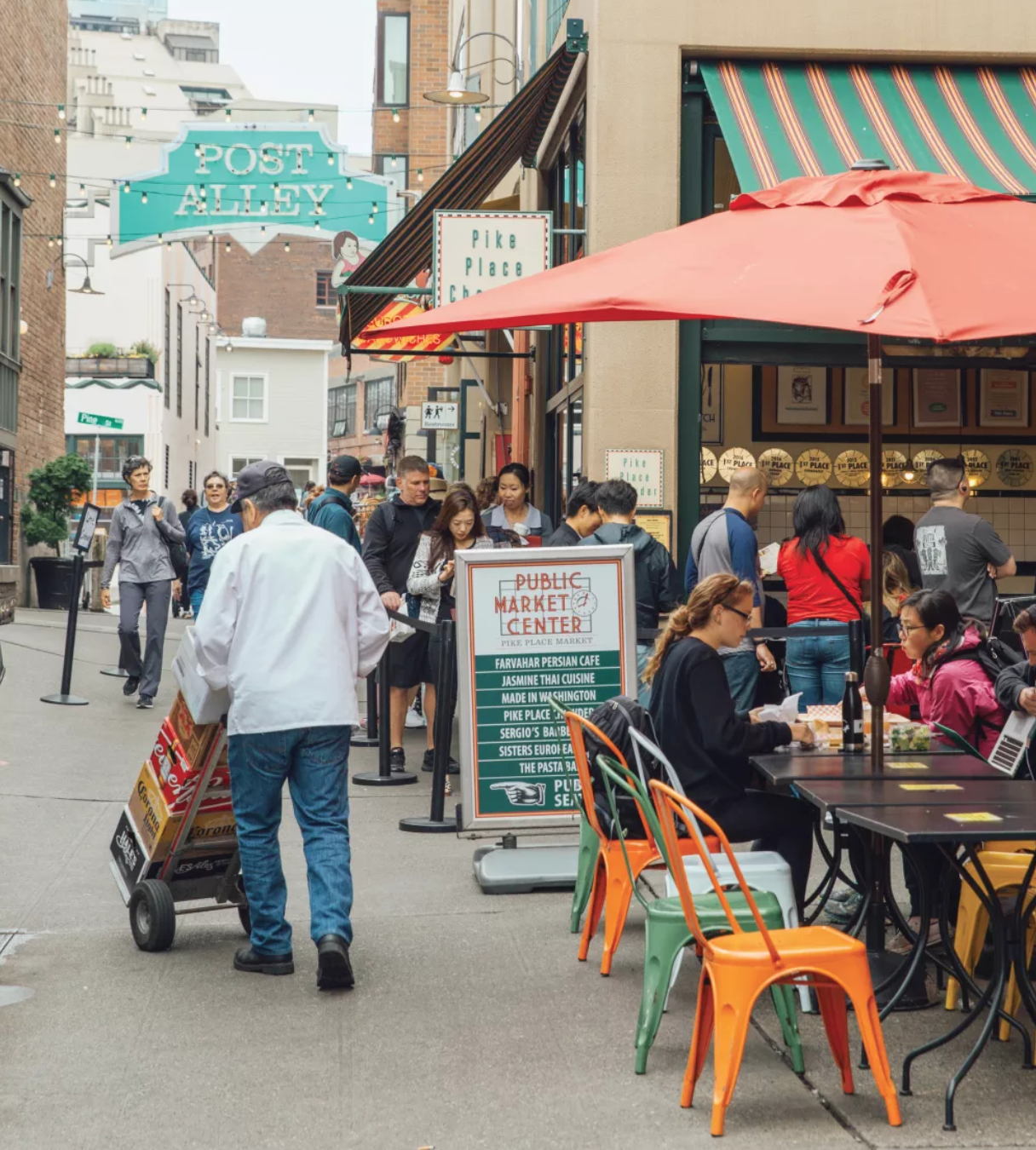 Crowds await bread bowl nirvana at Pike Place Chowder (the seafood bisque is pretty good, too). IMAGE: AMBER FOUTS