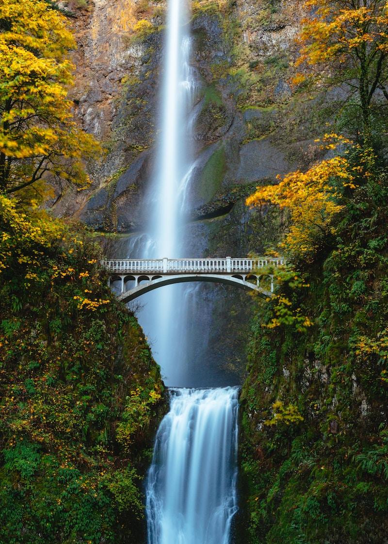 Multnomah-Falls.jpg