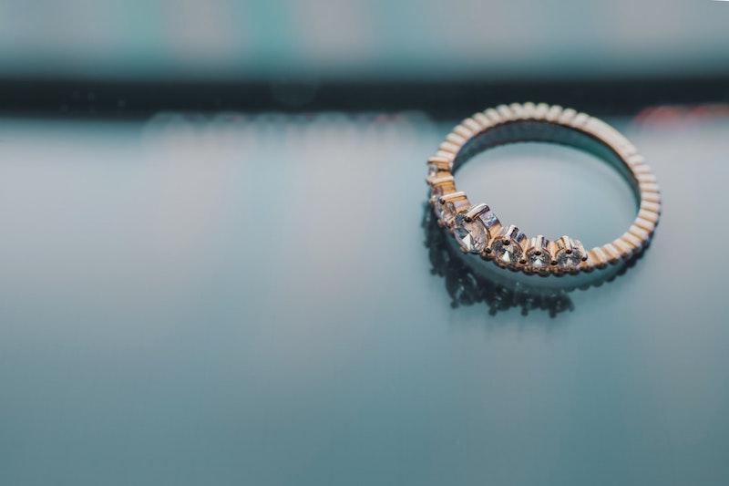 Choose-an-annviersary-ring-style.jpeg