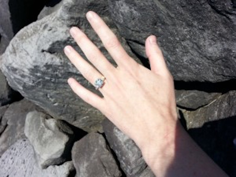 Engagement-ring-for-portland-couple.jpg