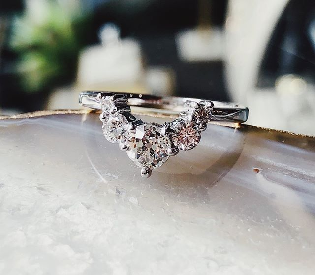 Contoured bands... on their own or next to a matching engagement ring. Either way, they are a fan favorite💕  #diamonds #diamondring #engagementring #custom #jewelry #jewelrydesigner #engagementring #rings #bride #wedding #bridetobe #shesaidyes #weddinginspo #Portlandjewelers #portland #oregon #portlandbride #alternativebride #malka #ringstack #stackoftheday  #pnw #ringsoftheday #ringsoninstagram #shoplocal #weddingrings #finejewelry #stackable #putaringonit #showmeyourrings