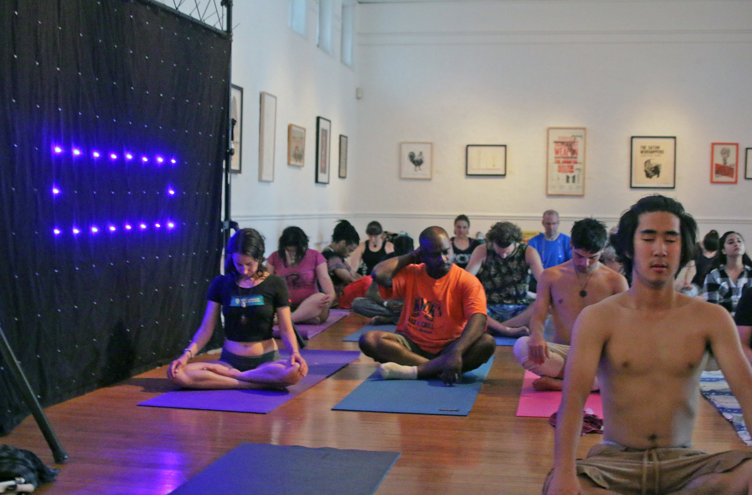 The closing Renegade Yoga class at Vibrant Dawn on 8/16/2016. (Photo by Eric Rentschler of Eluminous Studios.)