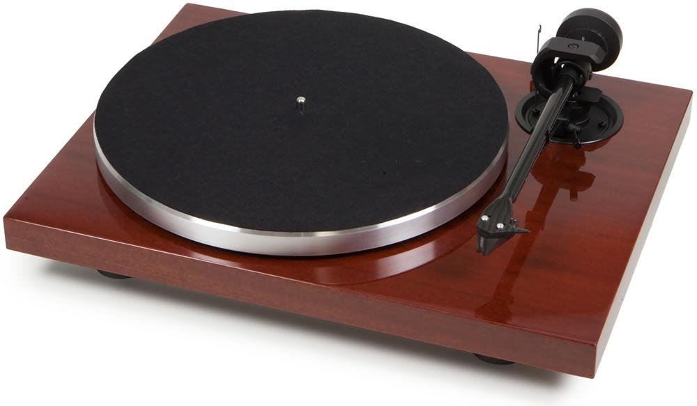 Pro-Ject - 1Xpression Carbon Classic best audiophile turntable.jpg