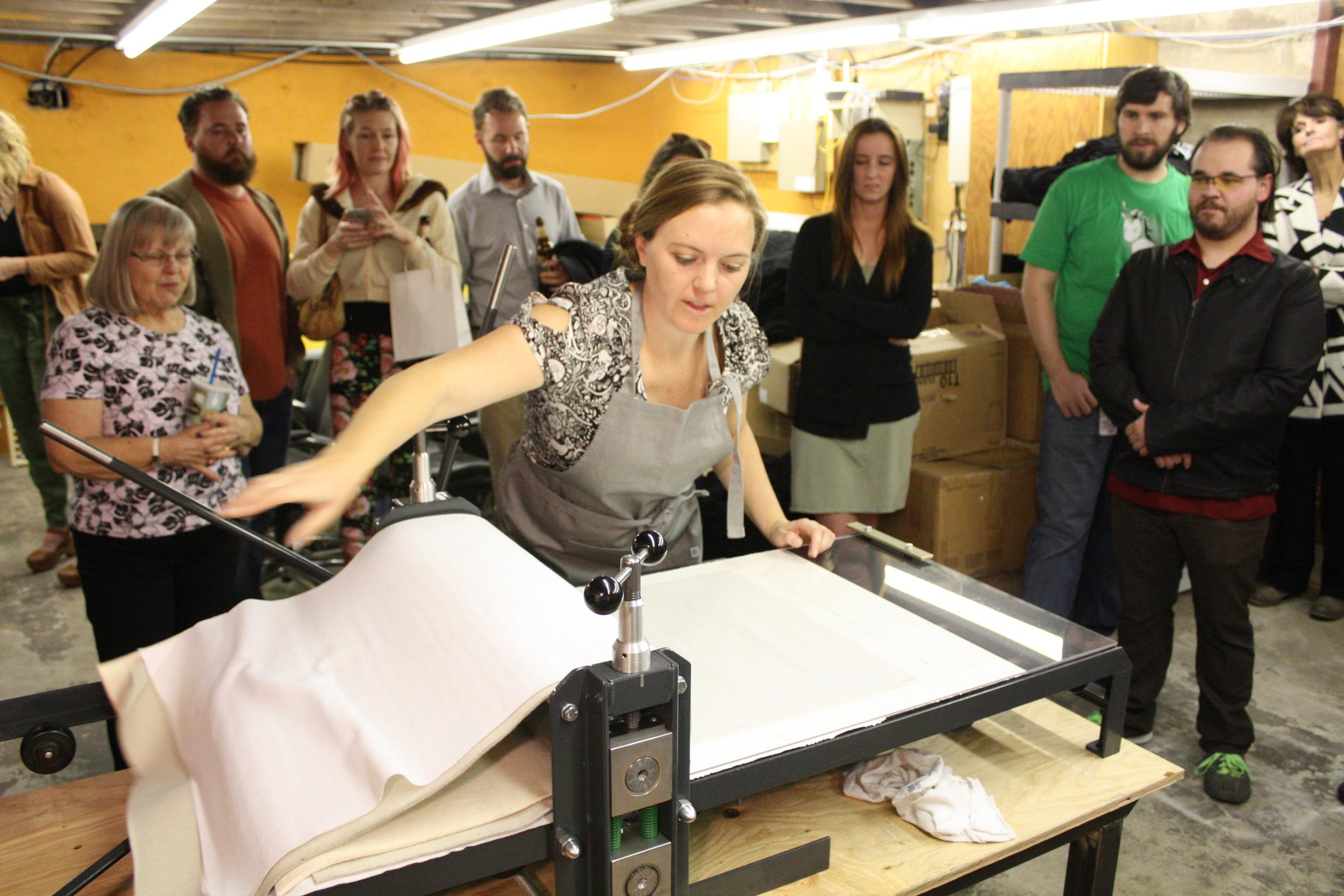 Desarae Lee teaching a printmaking workshop in her studio