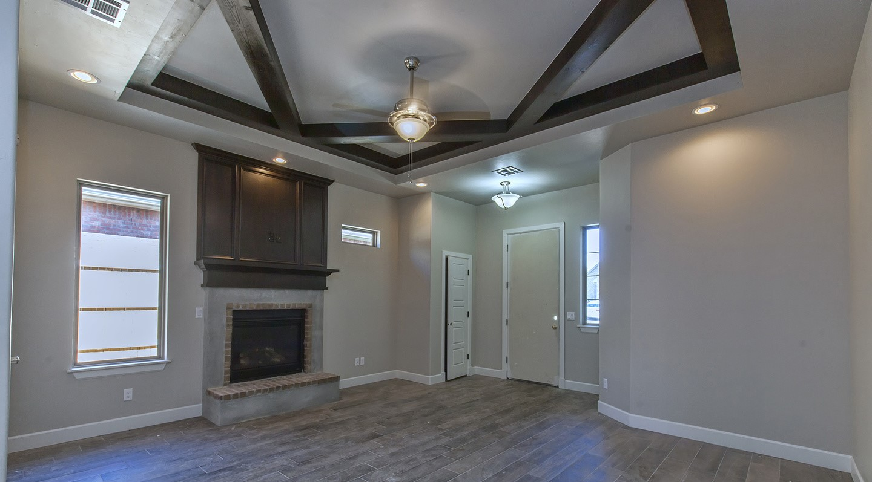 7125 fireplace.jpg