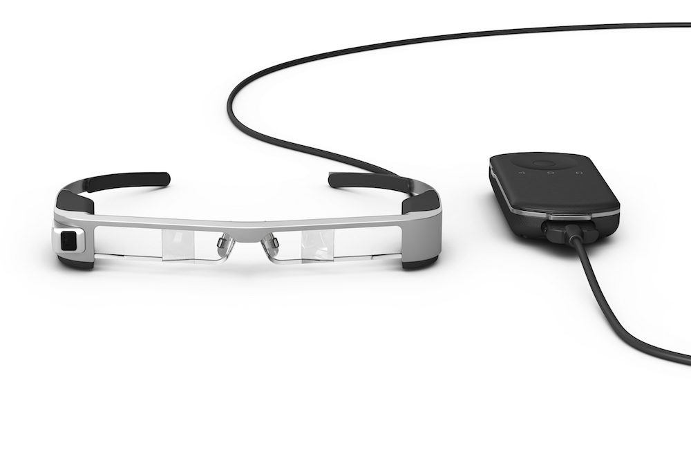 Epson BT-300 smart glasses can be used to view Dino-Lite microscopes live magnified video output.