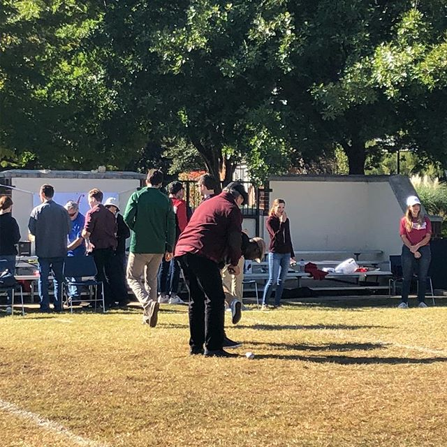 Our Pétanque Tournament was a great success!  A wonderful time was had by all: individuals, families, students, and kids!