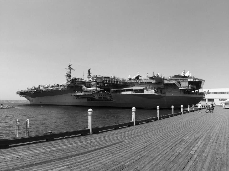 06_USS-Midway-Museum_San-Diego_CA_03-1200x896.jpg