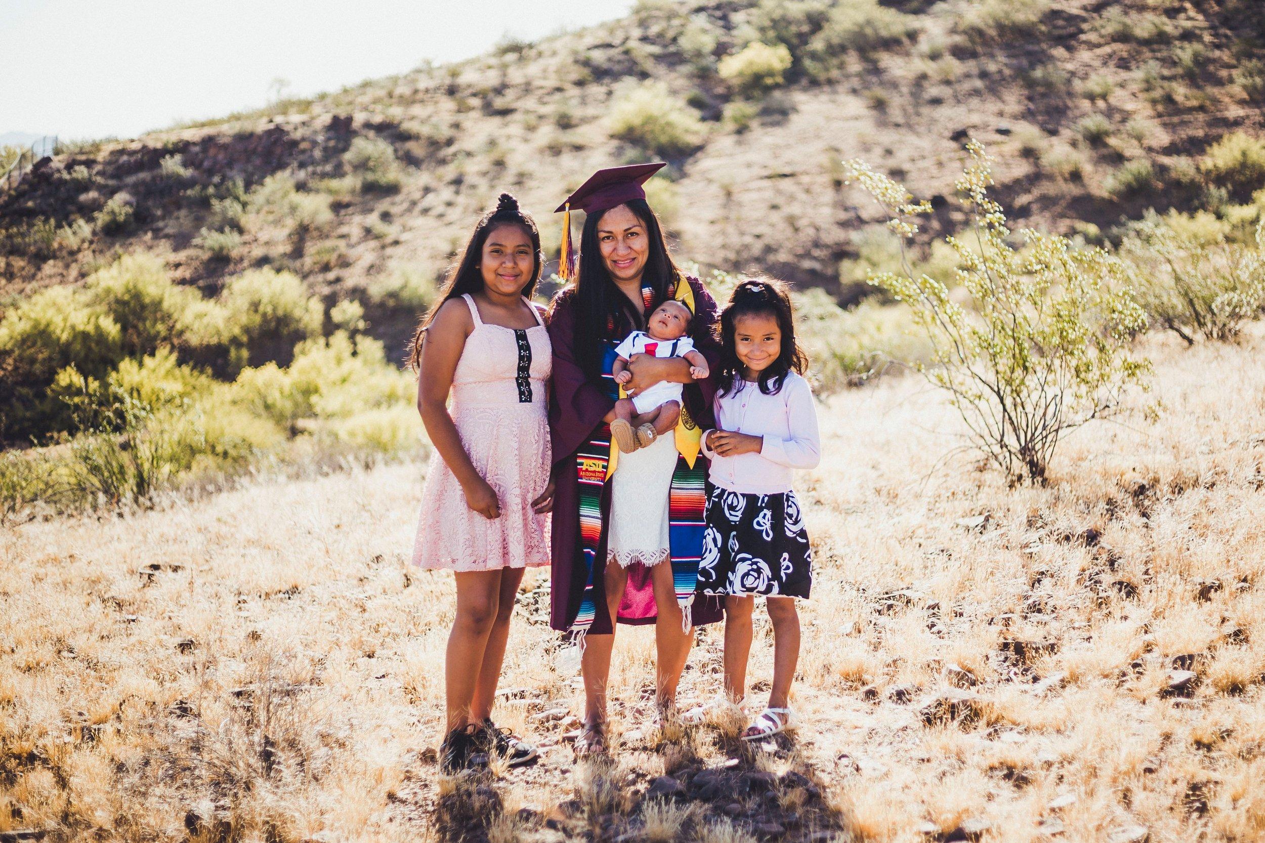 05-02-2019 Blanca y Laura Grad Portraits_4539.jpg