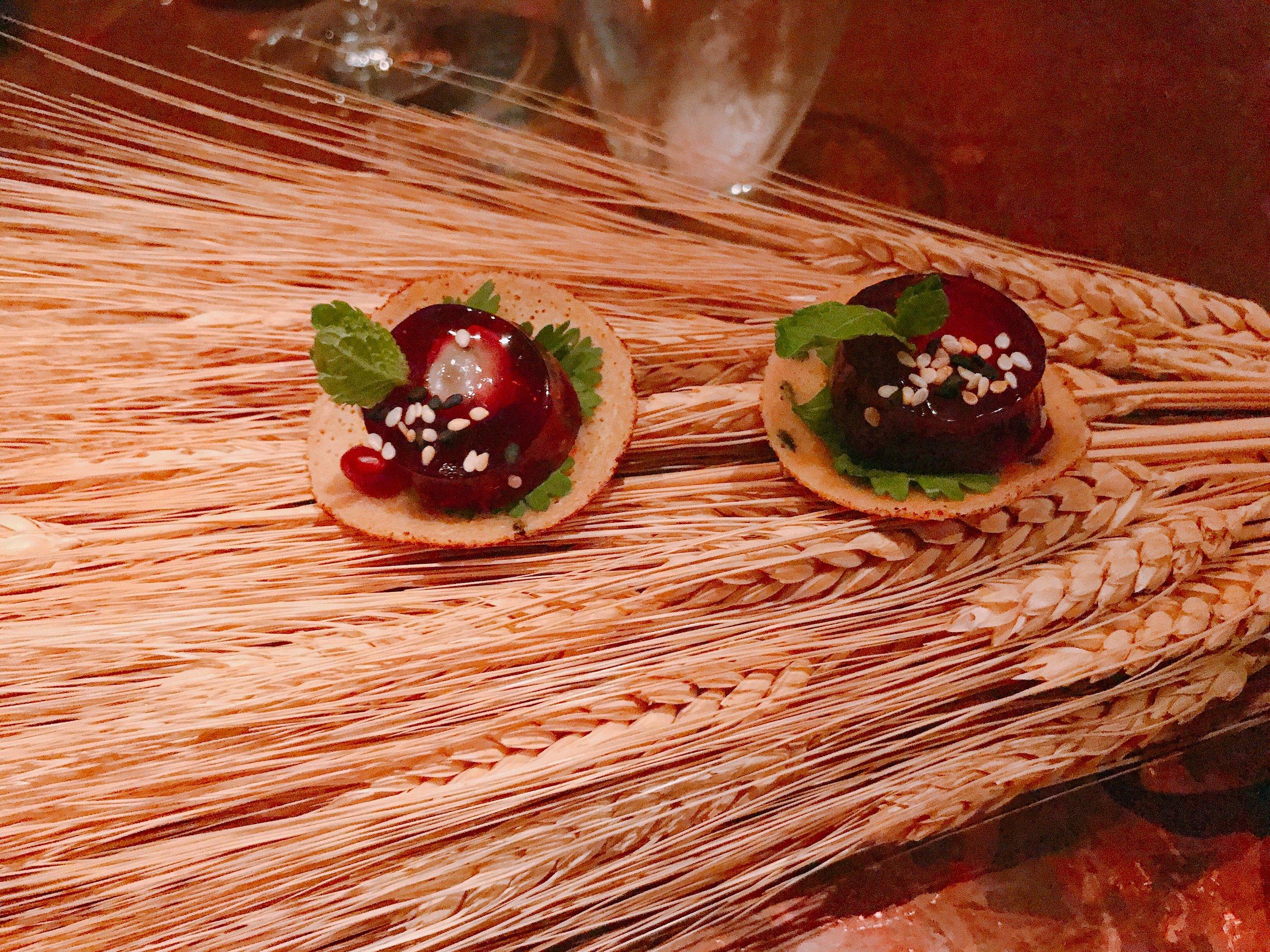 Cuminatum In Ostrea Et Conchylia(30)- Kamut Pancake, Oyster, Pomegranate