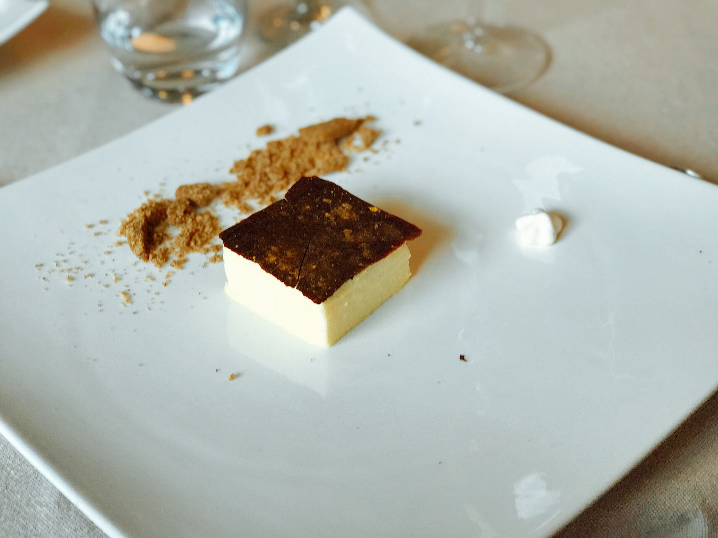 Evo Restaurant: Mascarpone Cheese Mousse, Coffee Biscuit and Chocolate