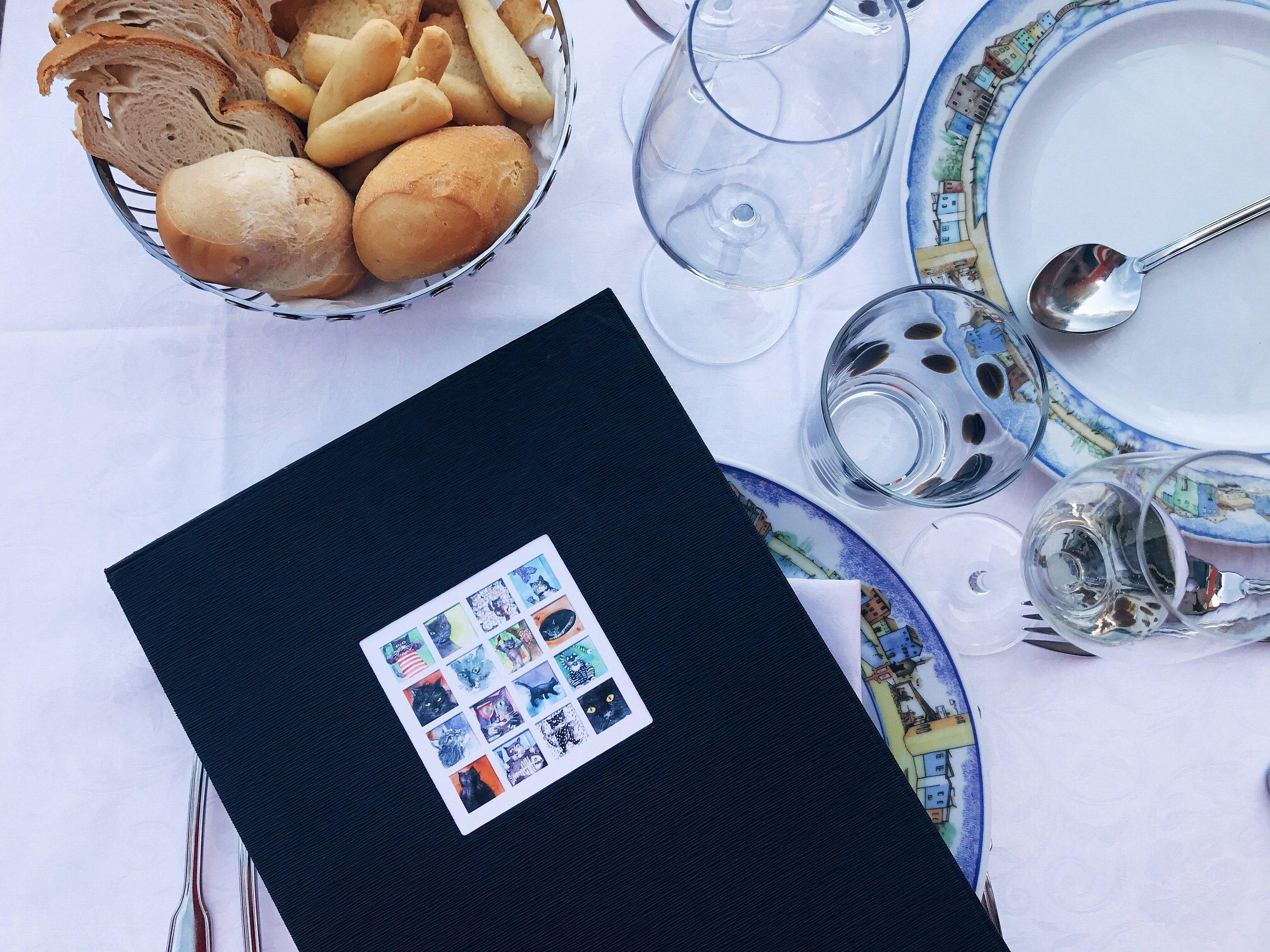 Trattoria al Gatto Nero: I fell in love with the tableware