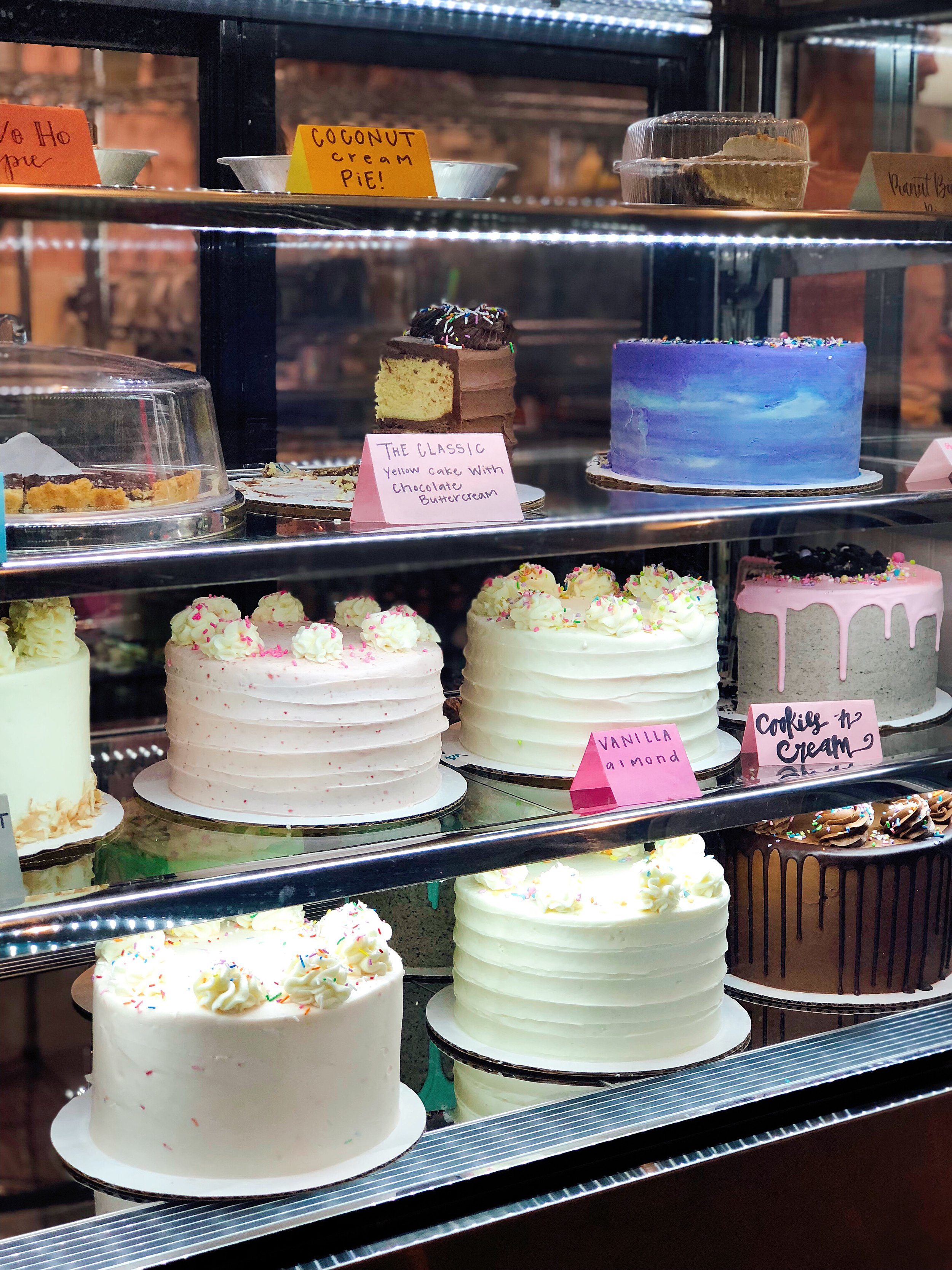 Have you ever seen such gorgeous cakes?