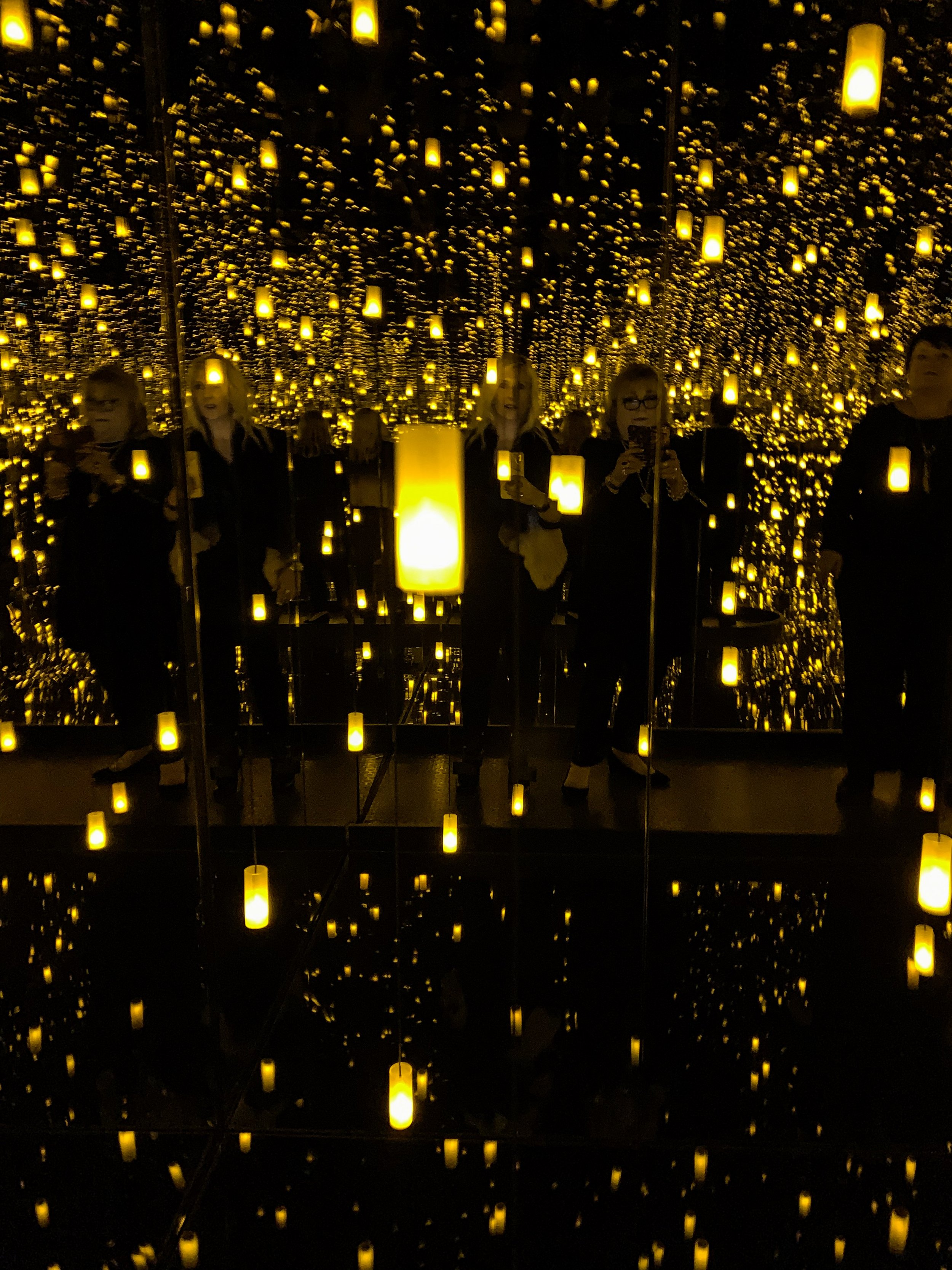 Infinity Mirrored Room - Aftermath Of Obliteration Of Eternity