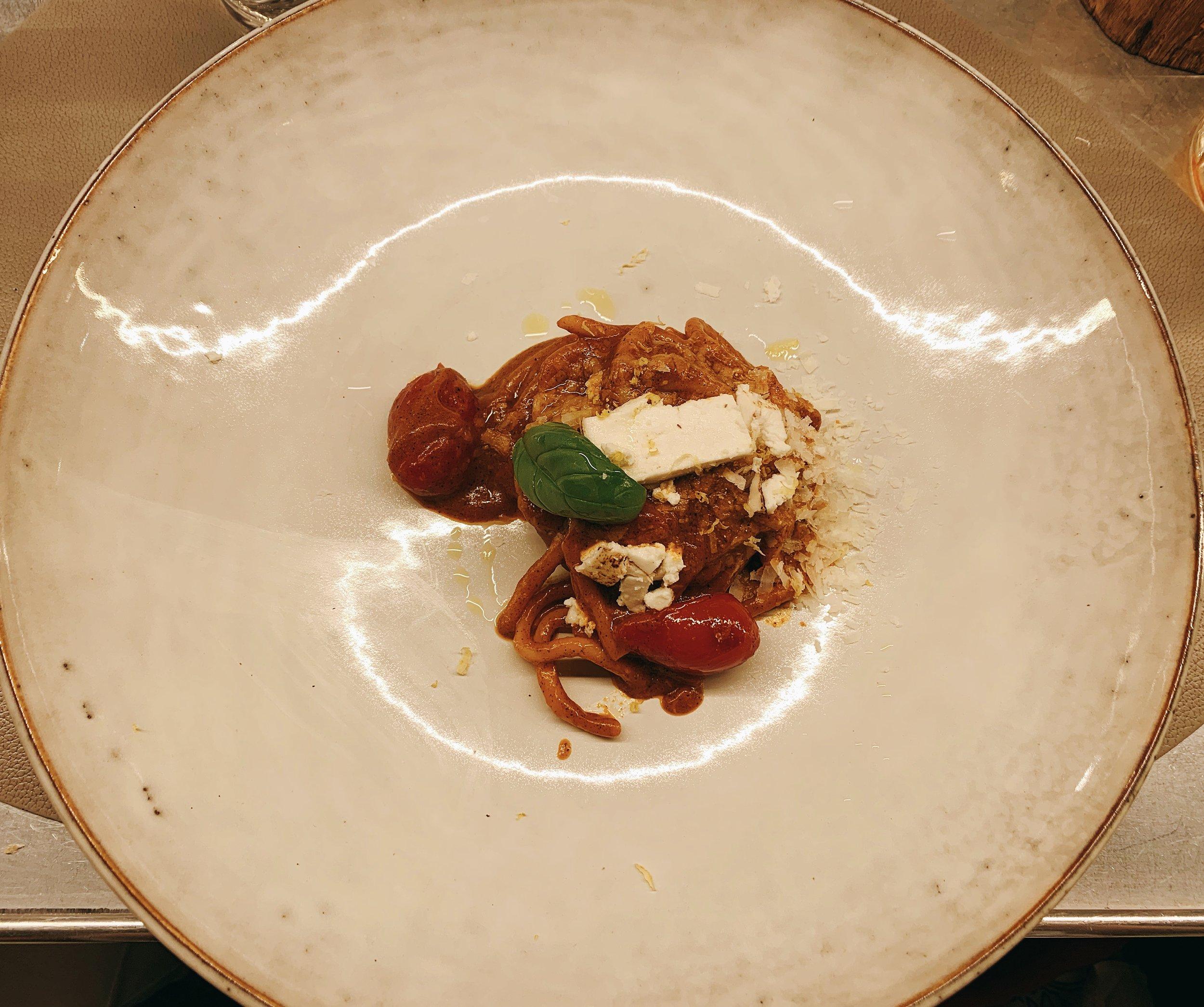 Spaghettoni Freschi | Pomodoro Freschi e Infornati + Ricotta Mustia + Limone + Parmigiano Delle Vacche Rosse E Basilico