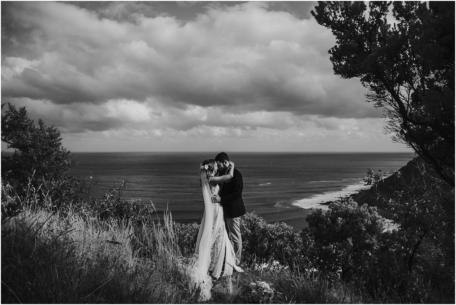 Estelle and Joey's summer beach wedding in Lorne at the Lorne Beach Pavilion on the Great Ocean Road._0094.jpg