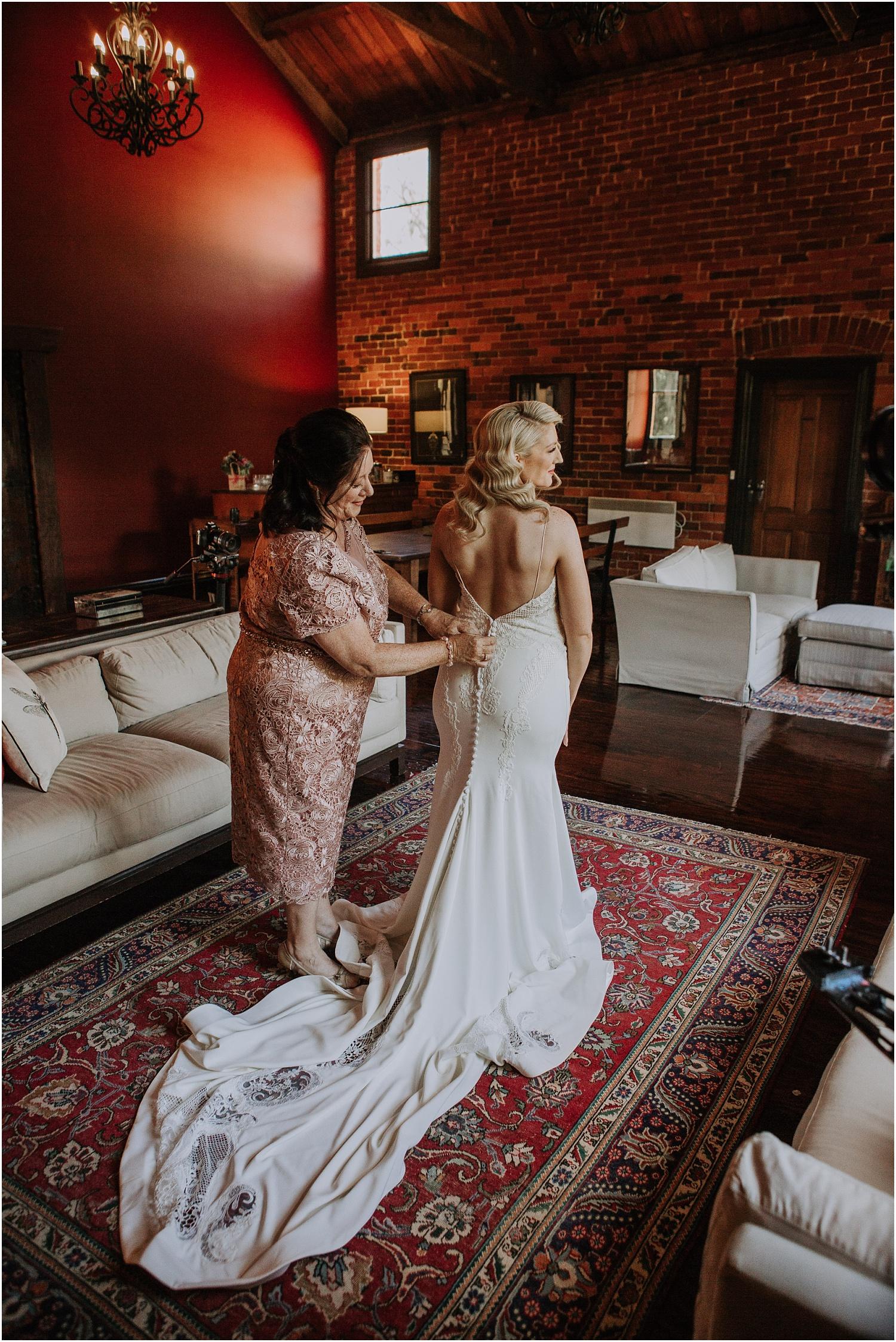 Katherine and Sam's stylish elopment at the Euroa Butter Factory._0024.jpg