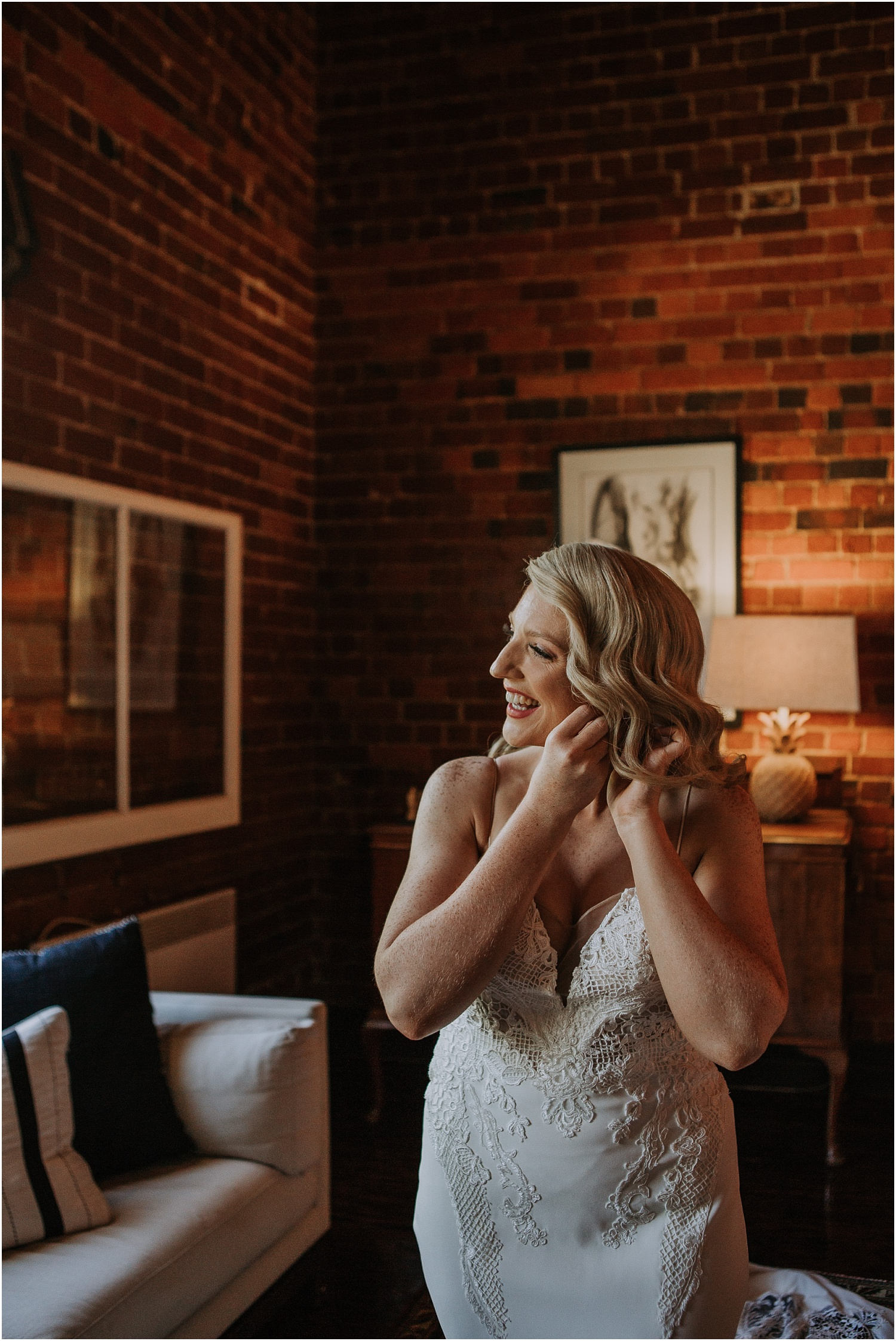 Katherine and Sam's stylish elopment at the Euroa Butter Factory._0025.jpg
