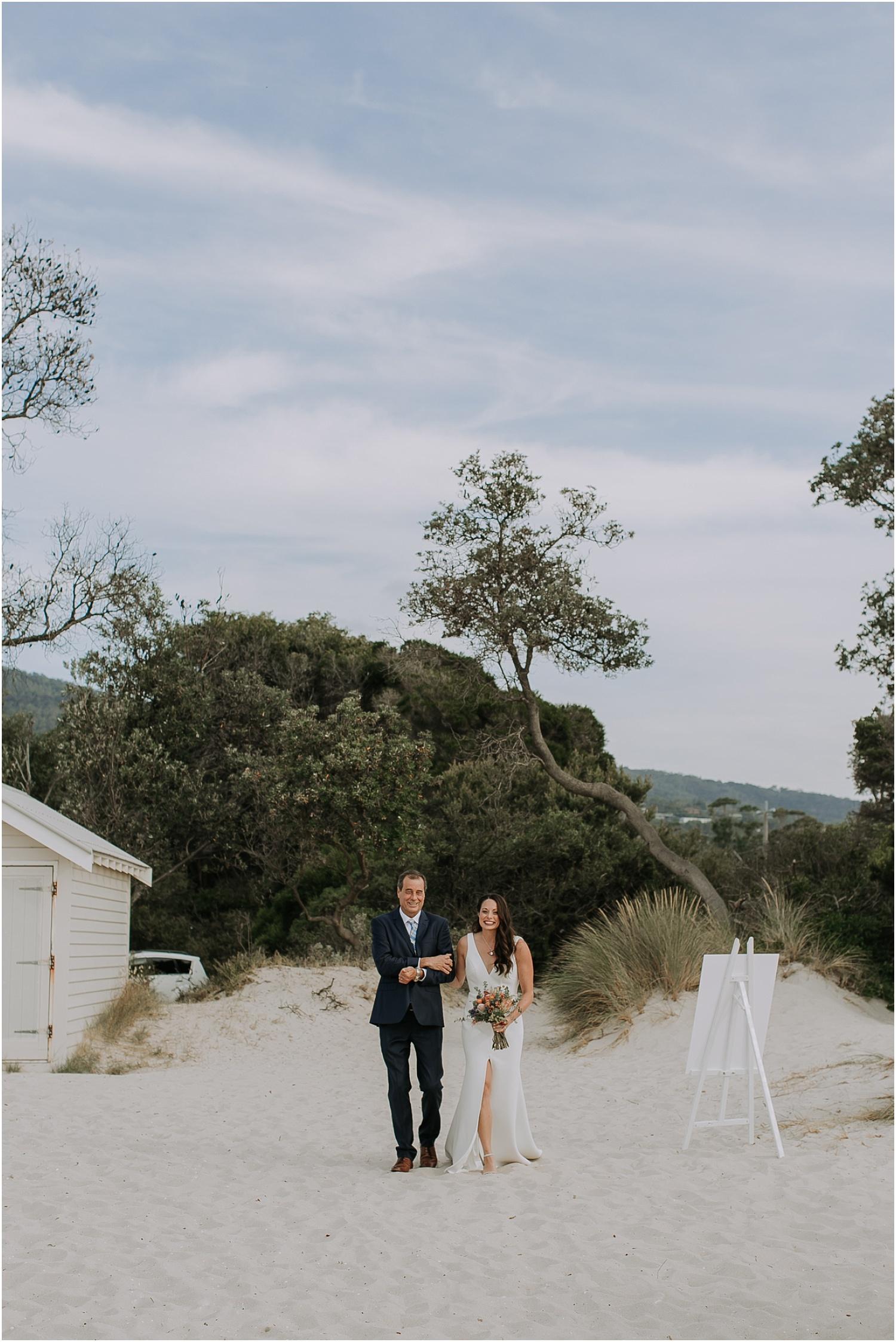 Belinda and Hugh at Alatanero on the Mornigton Peninsula._0047.jpg