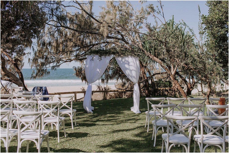 Kathryn and Chris's tropical wedding in Noosa._0039.jpg
