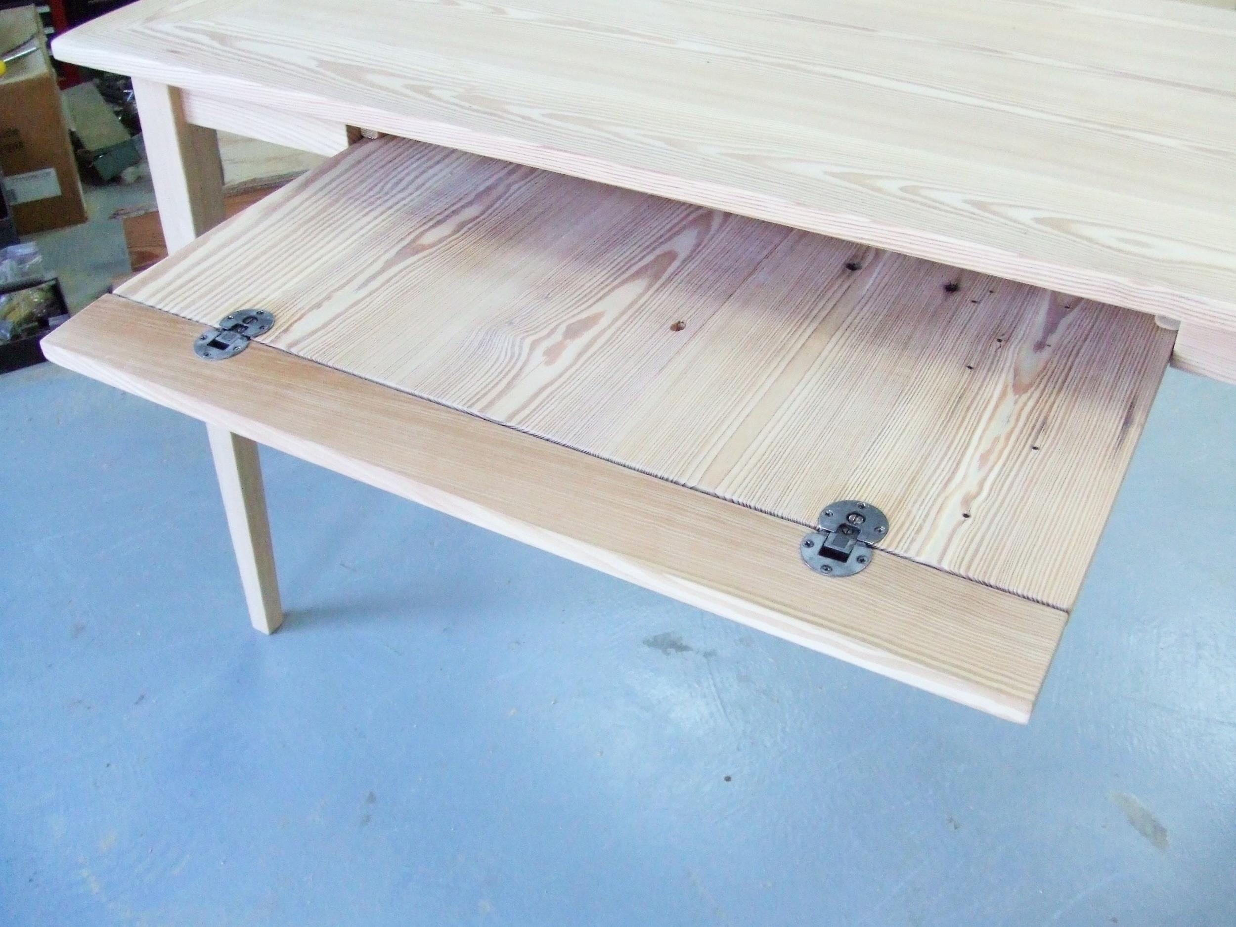 Pine Wrtiers Desk 3.jpg
