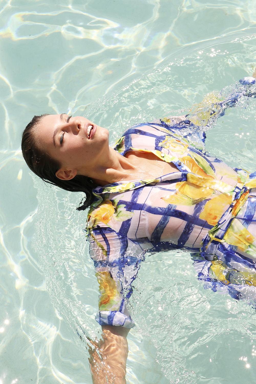 aje-britt-odell-insider-blog-model-priscillas-denim-dress-summer-bronte-beach-ausrtalia-14.jpg