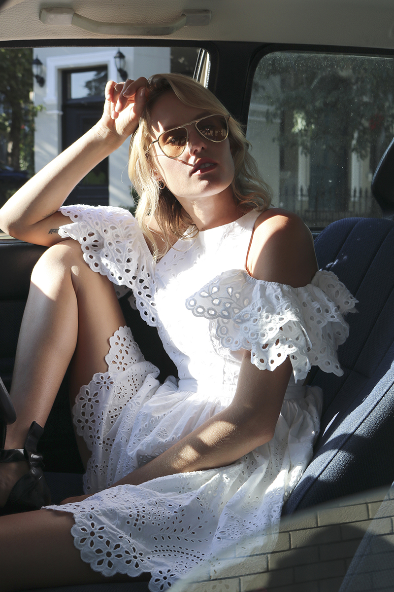 aje-insider-blog-isabelli-shirt-white-broiderie-anglais-les-interieurs-paddington-sydney-australia-12-edm.jpg
