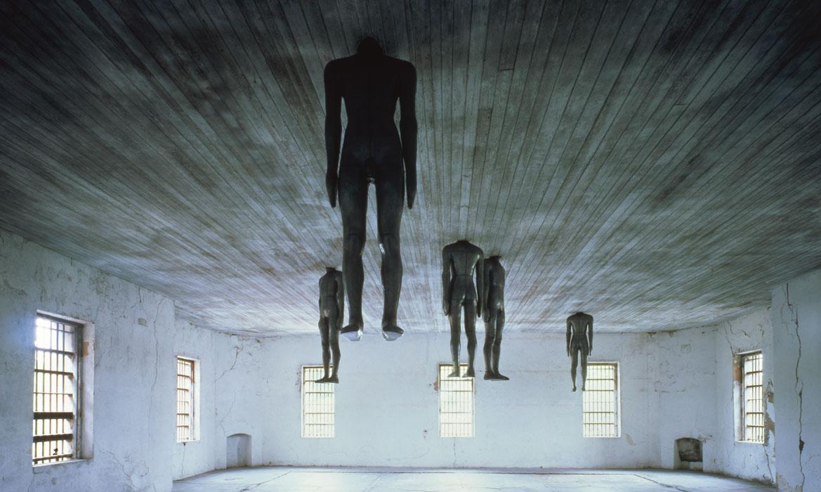 Antony Gormley, Learning to Think , 1991; Photo Source: http://www.antonygormley.com/