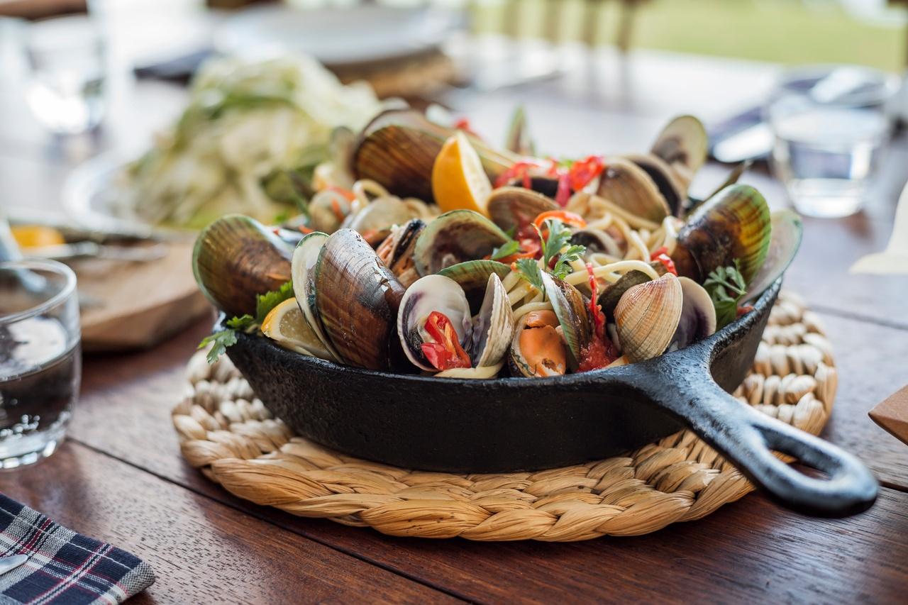 Mussel pot.jpg