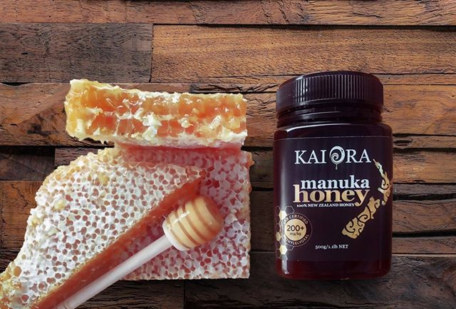 Kai Ora are the producers of some of New Zealand's highest quality manuka honey. At the heart of this Maori-family owned business is kaitiaki, or guardianship of the earth and its resources. This means looking after the bees and their natural environment without the use of pesticides or fertiliser. Click on the link in our bio to read how the Murray family produces their sustainble manuka honey. @kaiorahoney⠀ ⠀ #meetthesource #newzealand #sustainable #sustainability #honey #manukahoney #kaiora #kaiorahoney #178deg #178degrees #kaitiaki
