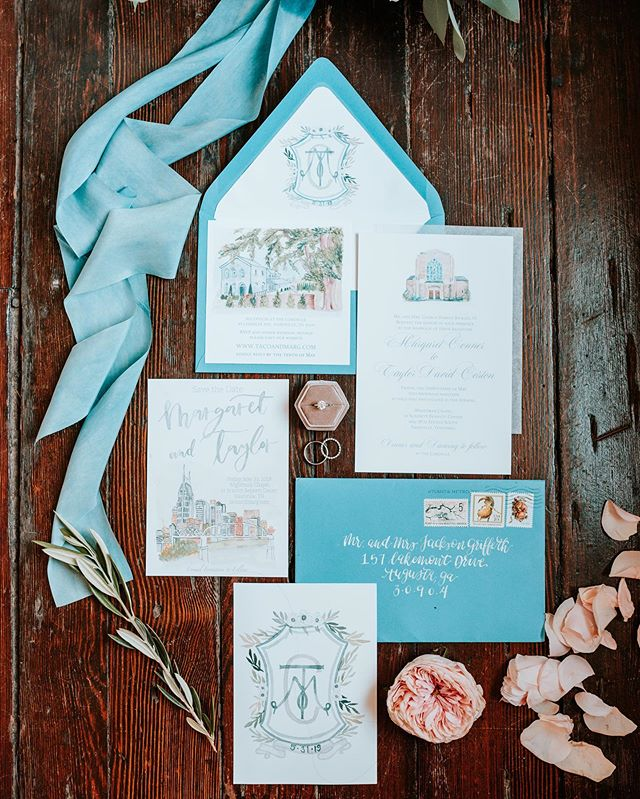 I don't do invitation suites often anymore, but when I do, I am very grateful for any bride who loves venue illustrations and custom crests! . And 🙌🙌 for photographers like @edeninglephoto who know how to style an invitation suite like a boss
