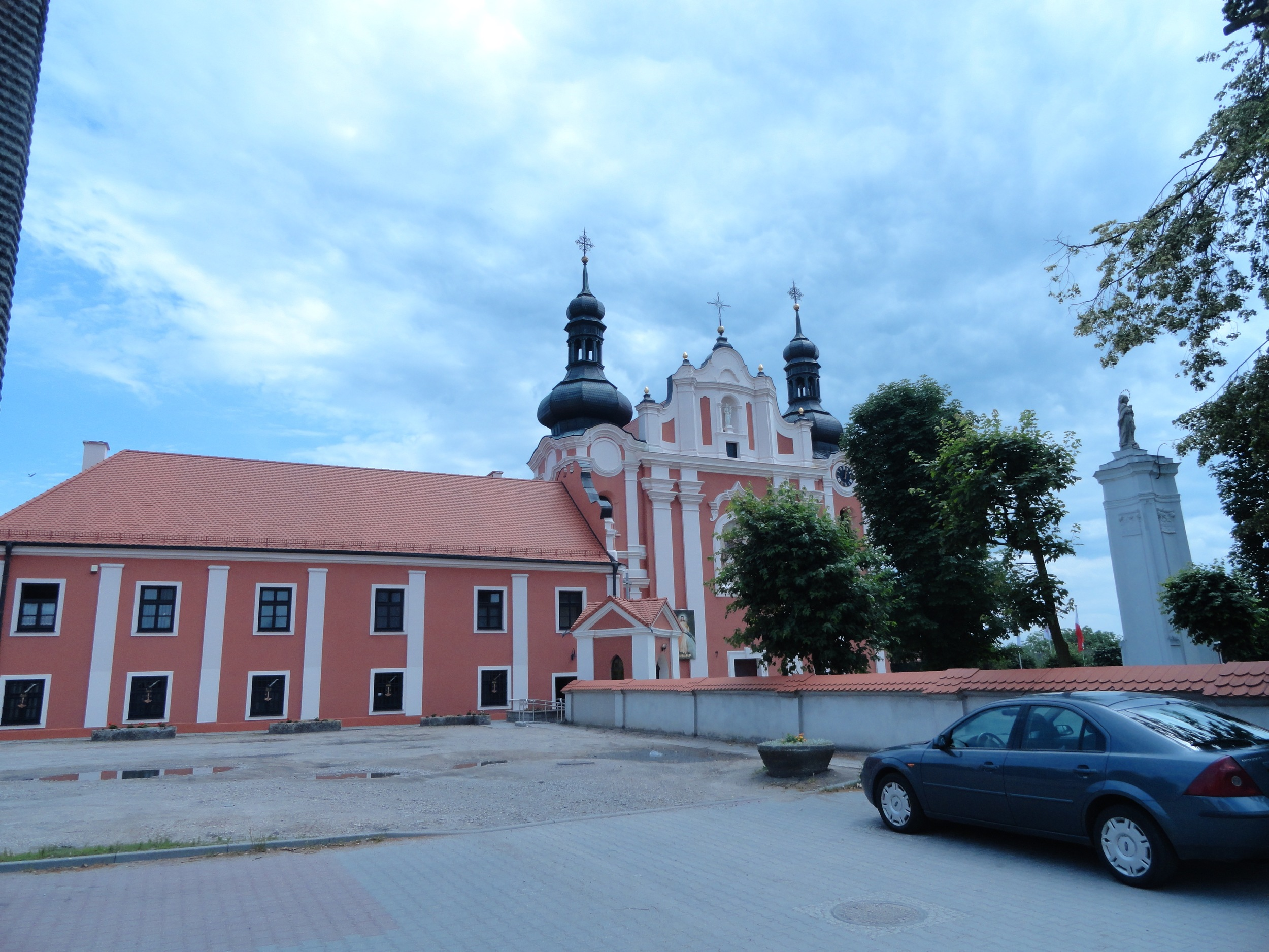 Catholic church in Kłodawa, two blocks from town square. Quite impressive for a small town.