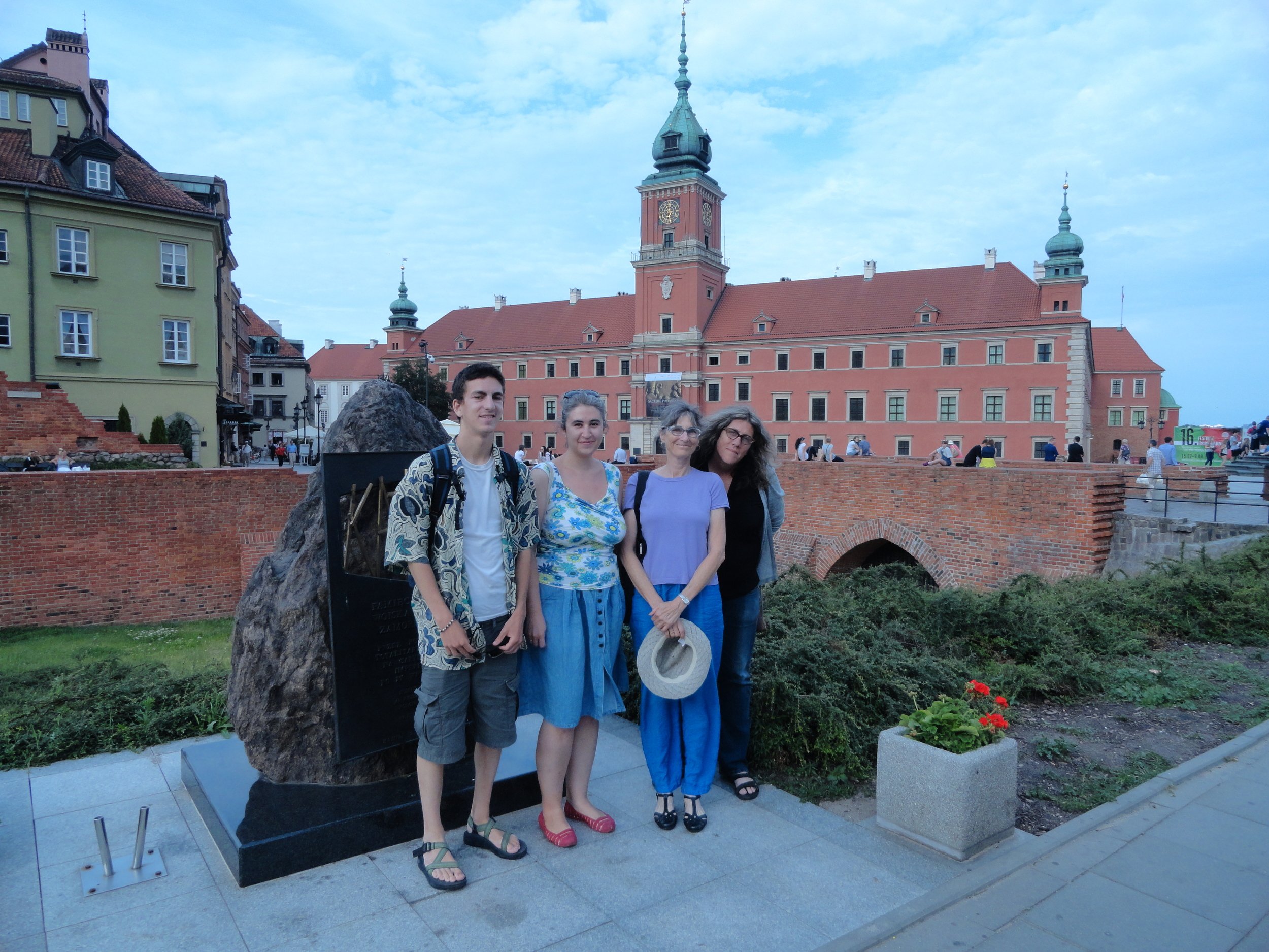Oscar, Monika, Susan and me in Castle Square in front of the Royal Castle.