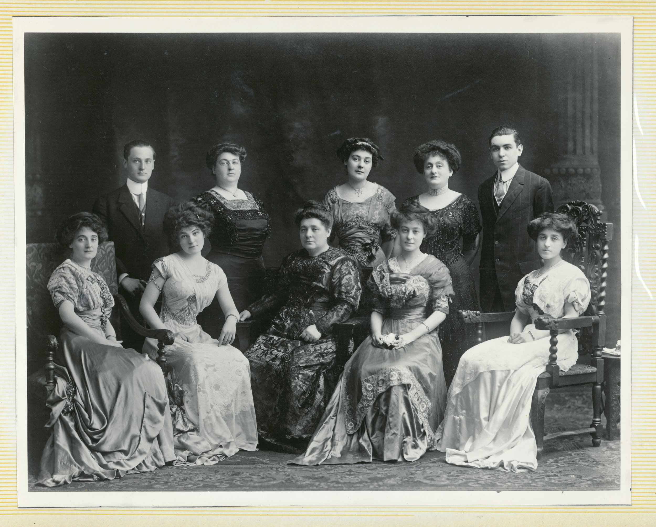 Sadly I have no photograph of Harris Samilson. Hiis wife, Eva Rebecca Simon Samilson is surrounded by their children Jane, Minnie, Massie, Sarah, Anna, Flora, Belle (Bud), Jesse and Mortimer.