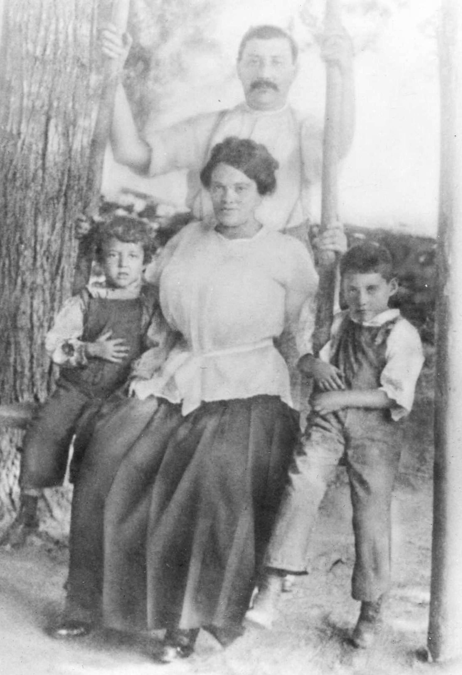 Dora and Jacob Napolsky with sons Harry and Sol.