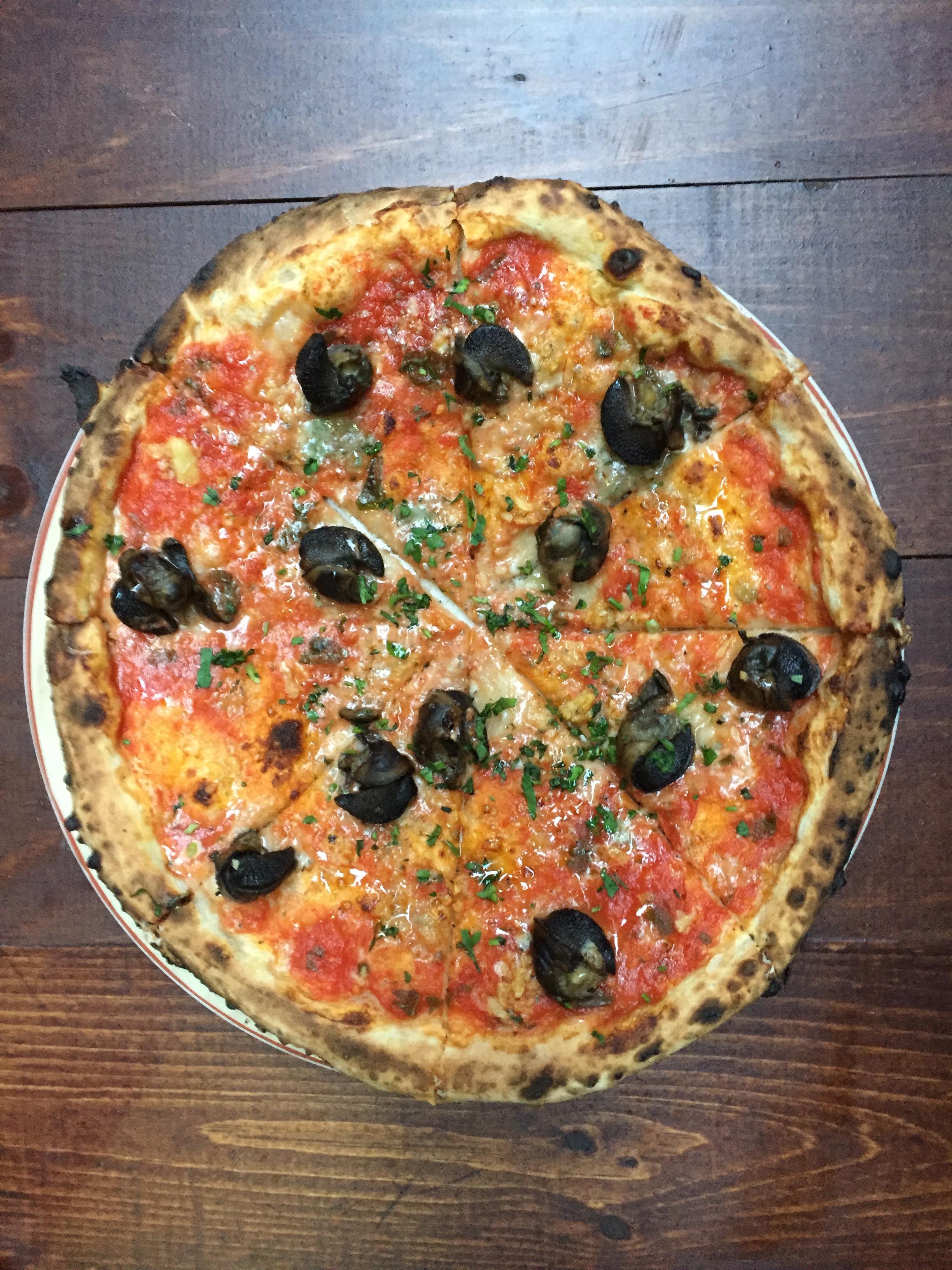 babbalucci pizza.JPG